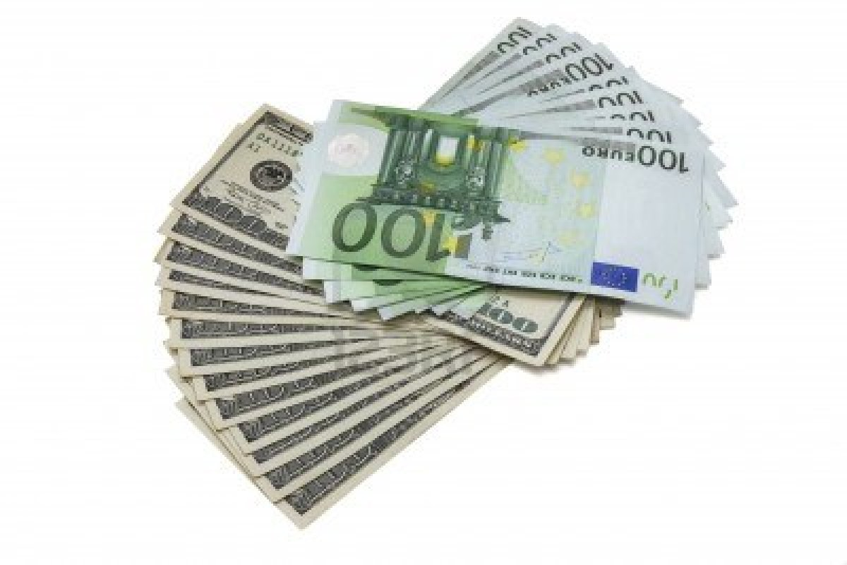 14577868-100-dollar-and-euro-banknotes-isolated-on-white-background