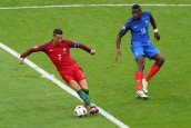 Cristiano Ronaldo (Portugal) vs Paul Pogba (France) Paris 10-07-2016 Stade Saint Denis Football Euro2016 Portugal - France / Portogallo - Francia Final - Finale  Foto Gwendoline Le Goff / Panoramic / Insidefoto
