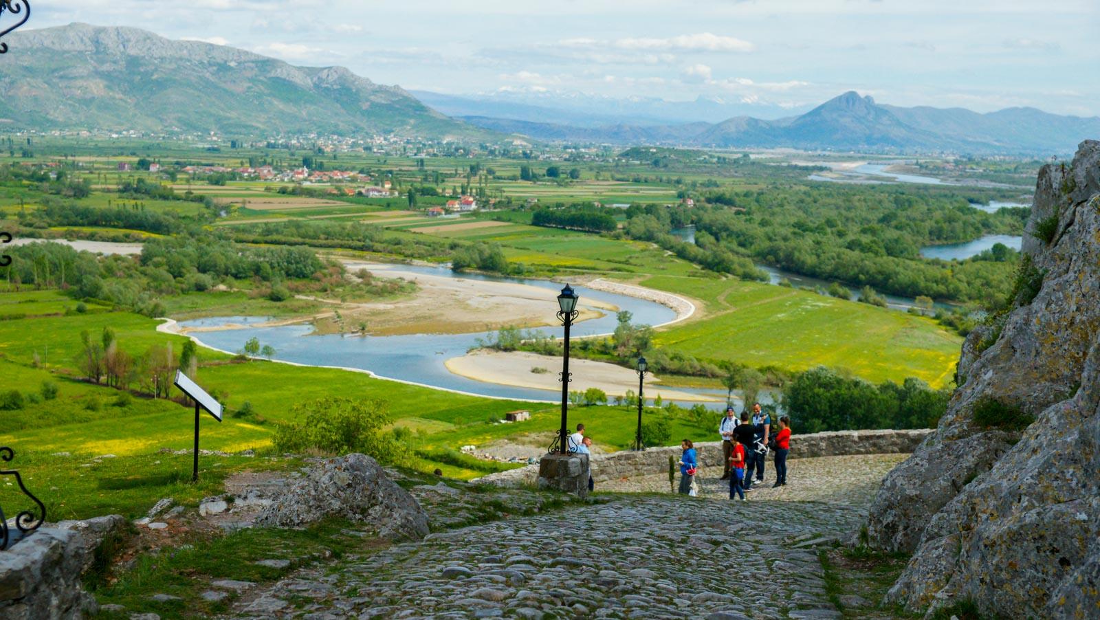 Vermoshi, nis rikualifikimi urban dhe ndërtimi i qendrës së turizmit |